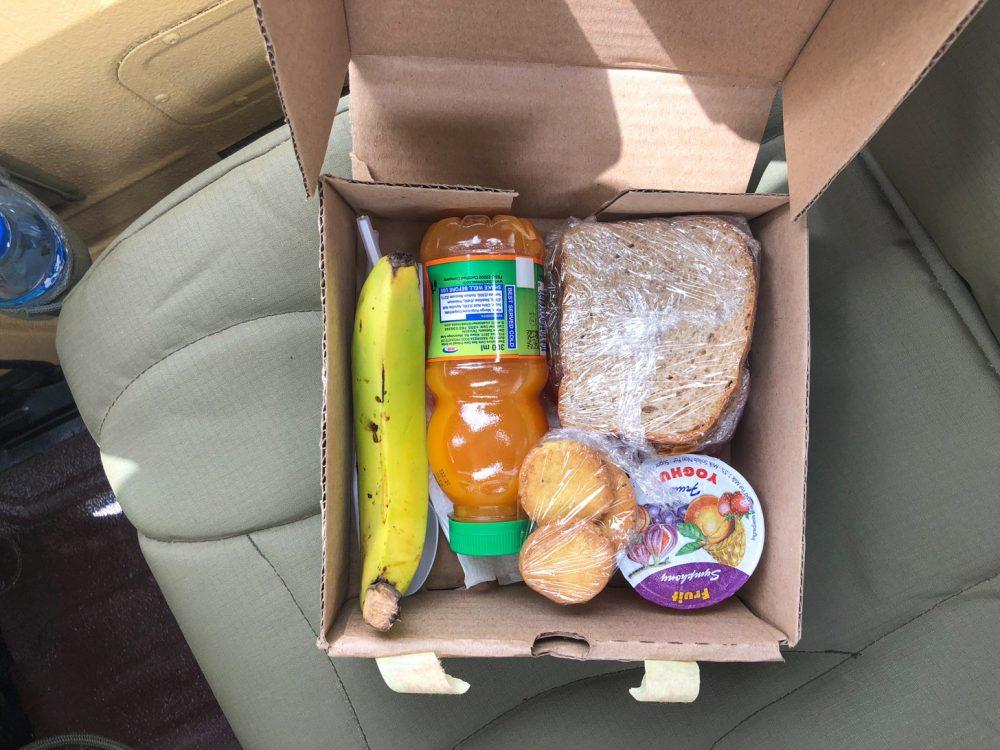 Een lunchbox voor tijdens de safari